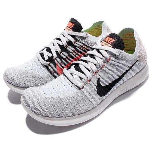 women's free running motion flyknit shoes